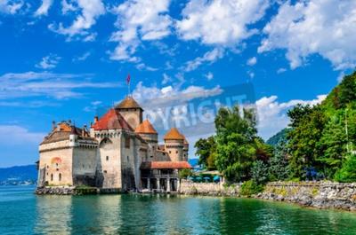 Fototapeta Zamek Chillon jeden z najczęściej odwiedzanych zamków w Szwajcarii