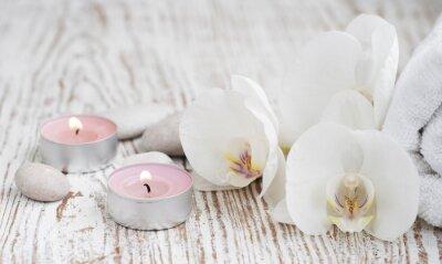 Fototapeta Zestaw spa z białych orchidei