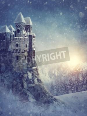 Fototapeta Zimowy krajobraz z starym zamku w nocy