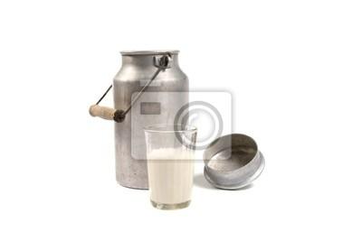 aluminium może i szklankę mleka