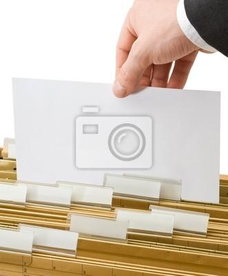 Arkusz w folderach biur
