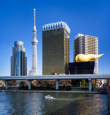 Naklejka Asakusa w Tokio skyline z Skytree i Asahi budynku