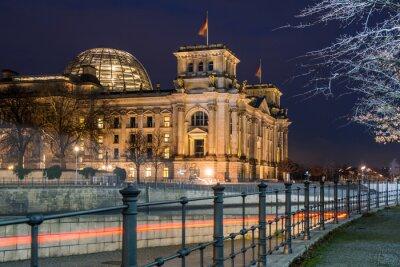 Naklejka Berlin Reichstag w nocy