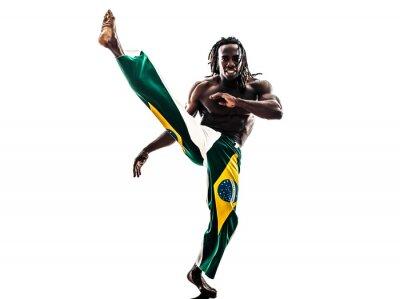 Naklejka Brazylijski czarny mężczyzna sylwetka tancerz capoeira