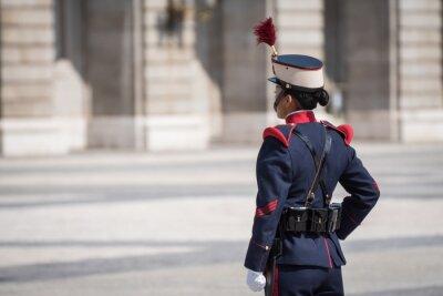 Naklejka Cambio de la guardia real de Madrid en el palacio real