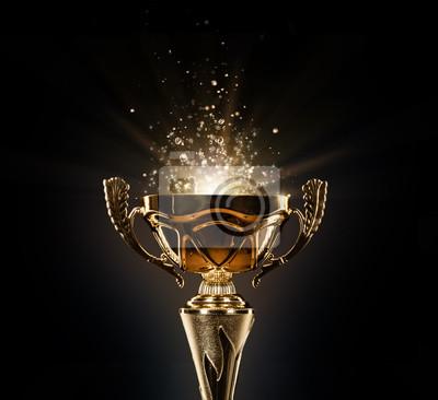 Naklejka Champion złote trofeum na czarnym tle