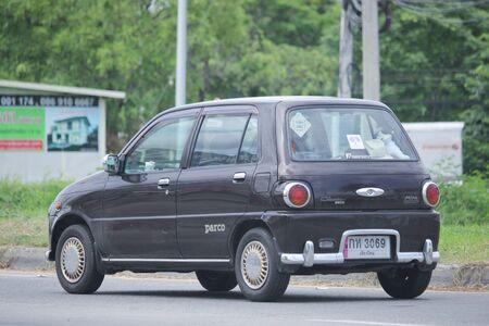 Naklejka Chiangmai, Tajlandia-czerwiec 27 2016: Prywatny samochód Daihatsu Cuore. Zdjęcie przy drodze nr 121 około 8 km od centrum Chiang Mai w Tajlandii.