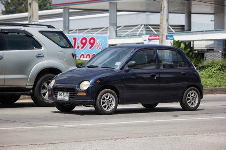 Naklejka Chiangmai Tajlandia, Wrzesień, - 24 2018: Intymny Mały miasto samochód, Daihatsu Mira.