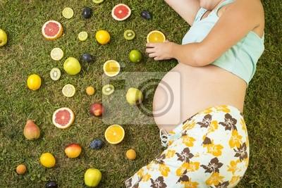 Ciężarne kobiety z owoców