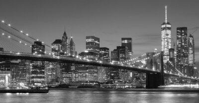 Naklejka Czarno-biały nabrzeża Manhattan w nocy, NYC.