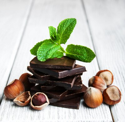Naklejka czekolada z orzechami