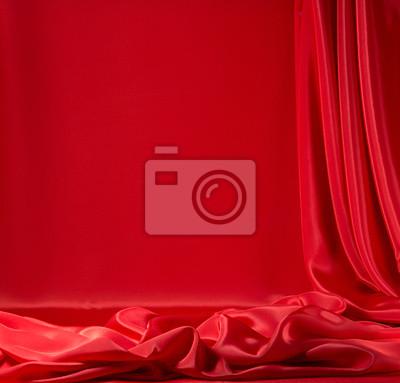Czerwona satyna