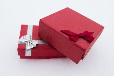 Czerwone prezenty na Walentynki.