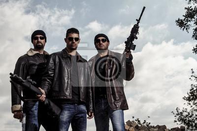 Naklejka członków gangu z bronią