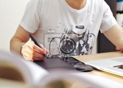 Człowiek Korzystanie tablet graficzny