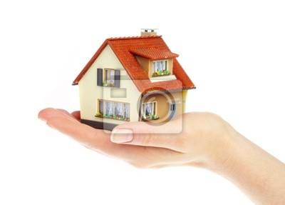 Dom w rękach człowieka
