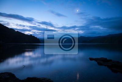 Naklejka Dramatyczna zachód słońca nad Marlborough Sounds w Nowej Zelandii