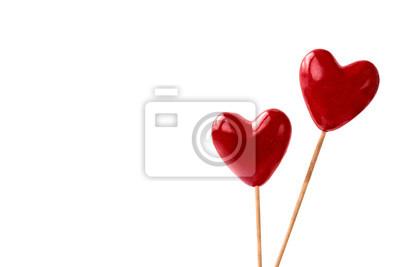 Dwa czerwonego serca na białym tle. Koncepcja Walentynki. Tło wakacje. Skopiuj miejsce