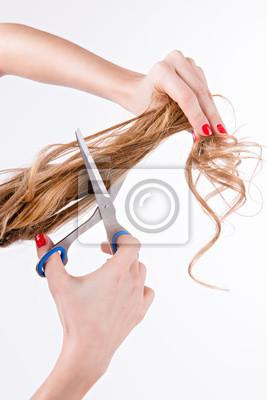 dziewczyna długie włosy cięte