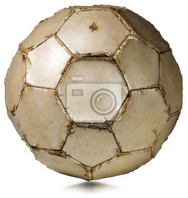 Fragment starego białe piłki nożnej (piłka nożna) na białym tle