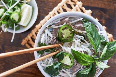 Naklejka Górne zdjęcie jedzenia wołowiny pho wietnamski