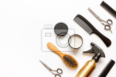 Naklejka grzebienie, fryzjerskie na białym tle widok z góry