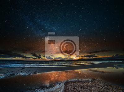 gwiaździste niebo nad Alghero nocą