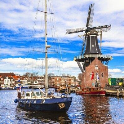 Naklejka Holandia, kanały Haarlem '. Wiatrak i Żaglowiec
