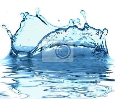 Iskry niebieski wody na białym tle