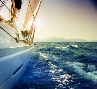 Jachty przeciwko sunset.Sailboat.Sepia stonowanych