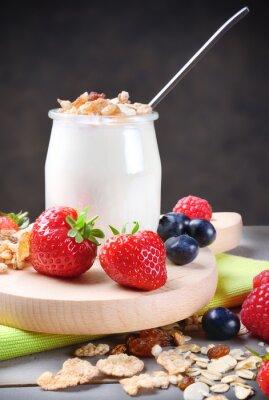 Naklejka Jogurt z musli i owoce miękkie