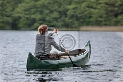 Kanu fahren in der Wildnis Deutschlands