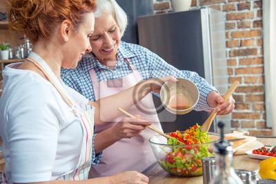 Kobiety gotowania razem