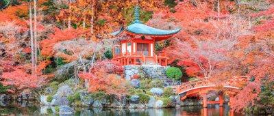 Naklejka Kolor czerwony urlopu zmiany w Temple Japonii.