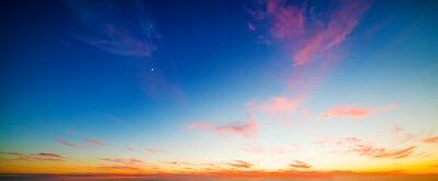 Kolorowe niebo o zachodzie słońca w San Diego