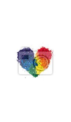 Koncepcja LGBT i miłości, kredka ołowiu w kształcie serca z kolorów tęczy na białym tle, kopia przestrzeń