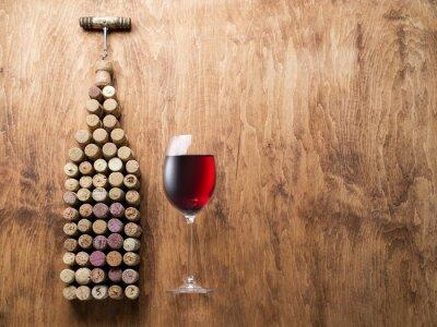Naklejka korki do wina w kształcie butelki wina.