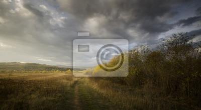 Krajobrazu wiejskiego z drogi