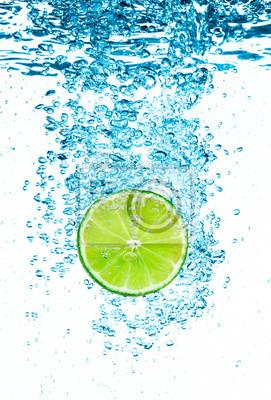 Lime Green w wodzie.