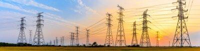 Naklejka linie wysokiego napięcia o zachodzie słońca, wieża elektroenergetyczna wysokiego napięcia