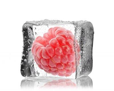 Naklejka Malina w kostce lodu