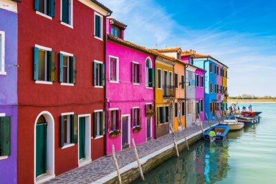 Naklejka Malowane domy Burano w Lagunie Weneckiej, Włochy.
