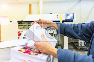 Naklejka Manipulating envelopes for mailing