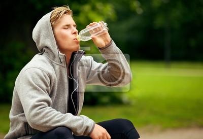 Mężczyzna na park wodny pitnej