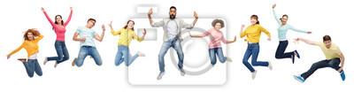 Naklejka Międzynarodowa grupa szczęśliwych ludzi skoki