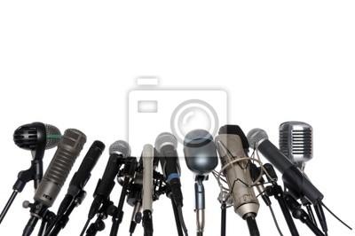 Mikrofony na konferencji prasowej