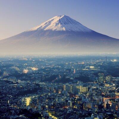 Naklejka Mount Fuji. Fujiyama. Z lotu ptaka z cityspace surrealistyczny strzał. J