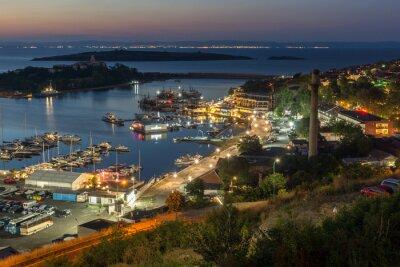 Naklejka Noc Panoramiczny widok na port w Sozopol, Burgas, Bułgaria Region
