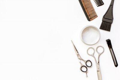 Naklejka Oprzyrządowanie fryzjerskie na białym tle widok z góry