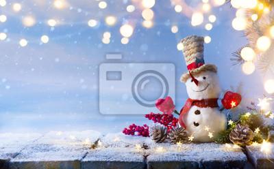 Ozdoba bałwana i choinki; transparent tło wakacje lub sezon